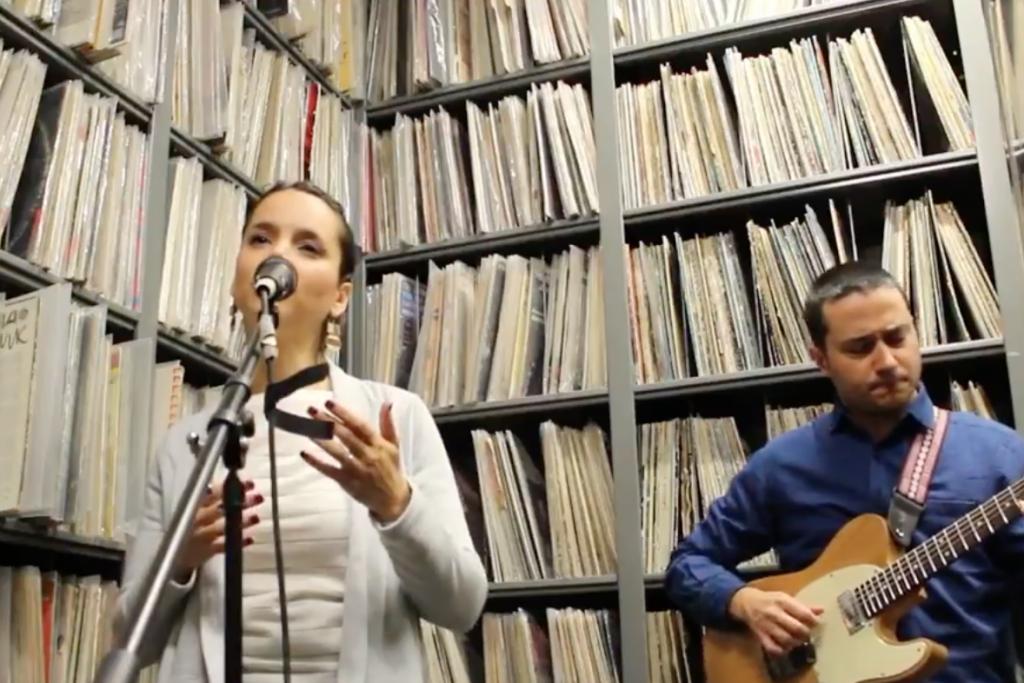 """Sara Serpa & André Matos, """"Calma"""""""